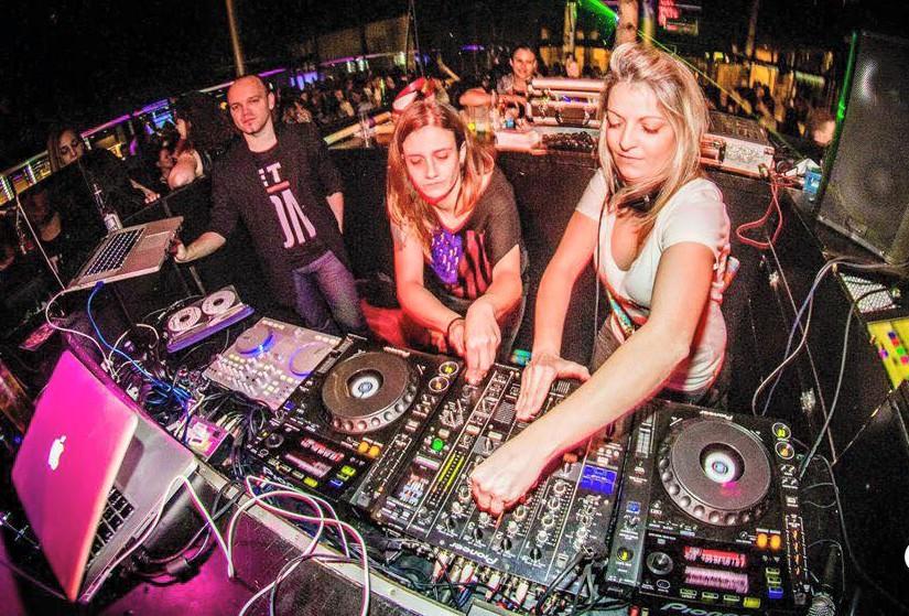 Lesbian DJs Espana Spain Layma Leman